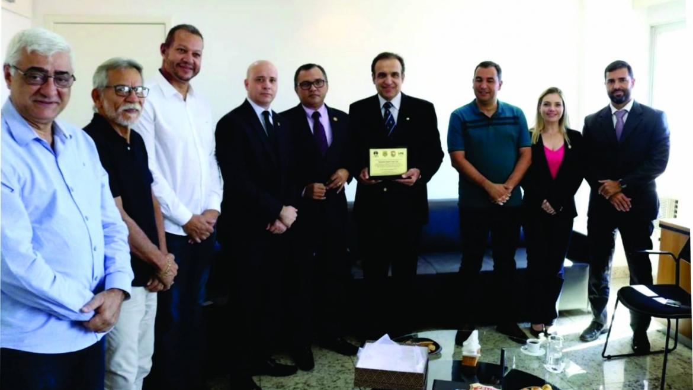 SINPRFRJ participa de homenagem ao deputado Hugo Leal no Sindicato da Polícia Federal