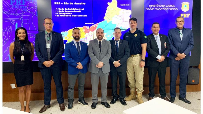 SINPRFRJ participa de reunião com o deputado Sargento Gurgel